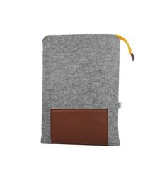 LAPTO felt laptop case - Purol Design  LAPTO is made of felt and genuine leather.