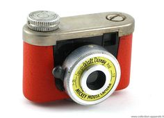 The Kunik Mickey Mouse camera, made in 1958 and originally sold with a cardboard Mickey who held the camera.
