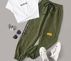 Shop Letter Graphic Knot Hem Tee With Cargo Pants at ROMWE, discover more fashion styles online. Cute Lazy Outfits, Casual School Outfits, Teenage Girl Outfits, Girls Fashion Clothes, Teen Fashion Outfits, Teenager Outfits, Swag Outfits, Mode Outfits, Retro Outfits