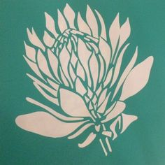 Suikerbos Protea B is a horizontally flipped version of Suikerbos Protea A.The stencil is cut from stencil vinyl, with a self-adhesive backing. Protea Art, Protea Flower, Stencil Patterns, Stencil Designs, Stencil Vinyl, Stencil Printing, Screen Printing, 3d Printing, Lino Art
