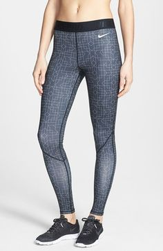 Nike 'Pro Hyperwarm' Running Tights for Winter – Great Geometric Design, Lined with Brushed Fleece.