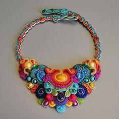 Olissima Gallery - Sylwia Żak - The best sutasz / soutache in Poland ! Jewelry Crafts, Jewelry Art, Beaded Jewelry, Handmade Jewelry, Jewelry Design, Jewellery, Bijou Box, Soutache Necklace, Collar Necklace