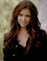 Nina Dobrev as Katherine Pierce - The Vampire Diaries Vampire Diaries Stefan, Vampire Diaries Fashion, Vampire Diaries Quotes, Vampire Diaries The Originals, Katherine Pierce, Elena Gilbert, Vampire Hair, The Vampires Diaries, Vampire Diaries Wallpaper