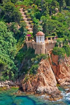 Marimurtra Botanical Garden in Blanes, Catalunya, Spain Wonderful Places In The World Places Around The World, The Places Youll Go, Places To See, Dream Vacations, Vacation Spots, Wonderful Places, Beautiful Places, Amazing Places, Beautiful Pictures