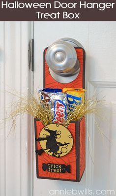 Halloween Door Hanger Treat Box by Annie Williams