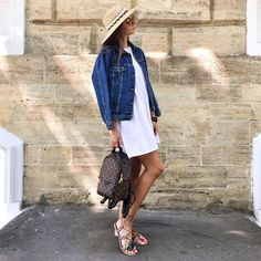 Dinner Outfits, Casual Outfits, Fashion Bags, Fashion Backpack, Louis Vuitton Backpack, Lv Handbags, Panama Hat, Street Style, Palm Springs