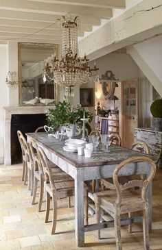 Farmhouse Dining Room Set, French Country Dining Room, Dining Room Table Decor, French Country Kitchens, Dining Table Design, French Farmhouse, Room Decor, Farmhouse Chairs, Farmhouse Style