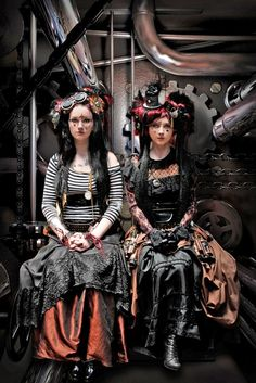 Steampunk Girl  http://steampunk-girl.tumblr.com/ #SteamPUNK ☮k☮