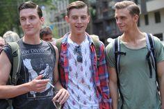 Street Looks à la Fashion Week homme printemps-été 2014 de Milan, Jour 3 http://www.vogue.fr/vogue-hommes/mode/diaporama/street-looks-a-la-fashion-week-homme-printemps-ete-2014-de-milan-jour-3/14074/image/784734#!20
