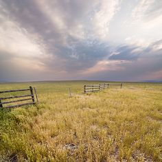 They call montana big sky country. well, they haven't seen Northern Maine Montana Living, Montana Homes, Montana Ranch, Big Sky Country, Country Life, Country Scenes, Felder, Thing 1, The Great Outdoors