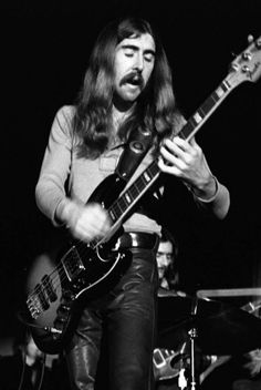 Berry Oakley's (The Allman Brothers) Tractor Bass. : Bass