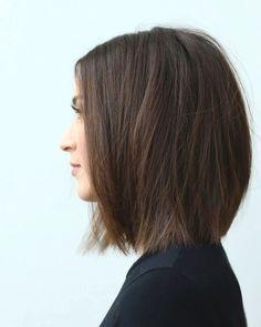 10 modern short bob haircut ideas - new twists - Frisuren - Bob HairStyles Choppy Bob Hairstyles, Bob Hairstyles For Fine Hair, Short Bob Haircuts, Trending Hairstyles, Short Straight Hairstyles, Roman Hairstyles, Cut Hairstyles, Layered Hairstyles, One Length Hairstyles
