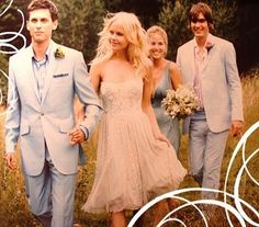 Bridal party photo. Photo via Perfect Wedding Style.