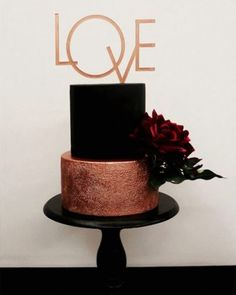 wedding cakes 2 tier Photo of Unique black and gold 2 tier cake with love cake topper Gorgeous Cakes, Pretty Cakes, Cute Cakes, Amazing Cakes, 2 Tier Cake, Tiered Cakes, Love Cake Topper, Cake Toppers, Black Wedding Cakes