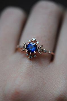 Cute Rings, Pretty Rings, Unique Rings, Beautiful Rings, Unique Wedding Rings, Unique Promise Rings, Blue Wedding Rings, Sapphire Wedding Rings, Alternative Wedding Rings