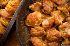 Udka kurczaka w musztardzie Dijon i cydrze. Lubisz udka z kurczaka? Każdy lubi. Szczególnie, jak są w dobrym sosie i soczyste. Czyli dokładnie jak te. #gryz