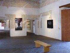Museo de Arte Contemporáneo de Oaxaca (MACO), muestra obras de artistas oaxaqueños como: Rufino Tamayo, Toledo, Nieto y Aquino entre otros. / Contemporary Art Museu of Oaxaca (MACO), shows masterpieces of Oaxacan pointers in its large rooms