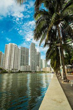 South Beach Miami, North Beach, Miami Florida, South Florida, Best Holiday Places, Downtown Miami, Beach Wallpaper, Dream City, Modern Buildings