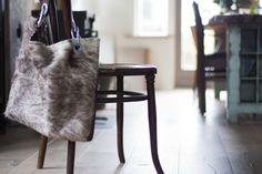 fur bag, sturdy details, My deerest Shopper, wooden floor, homemade table