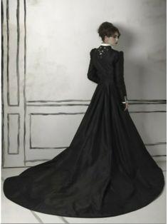 190 Best Gothic Wedding Dresses images | Costume design, Goth dress ...