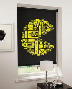 Un toque de nostalgia / La compañía inglesa Direct Blinds lanzó un set de persianas para la sala y dormitorios que reproduce el perfil del personaje de Pac-Man elaborado con ilustraciones de distintas generaciones de controles de videojuegos. También hay una versión con Space Invaders.