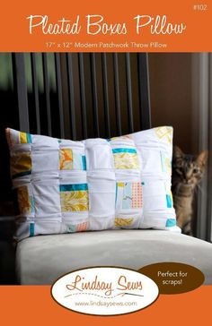 Free Pattern: Pleated boxes pillow