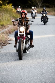 Awesome Harley davidson motorcycles images are readily available on our website. Have a look and you wont be sorry you did. Lady Biker, Biker Girl, Girl Motorcycle, Motorcycle Quotes, Motorcycle Outfit, Triumph Motorcycles, Motocross, Ducati, Motos Retro