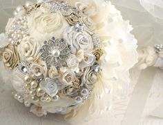 Brooch Bouquet Wedding Bouquet Vintage Style Jeweled Bouquet in Champagne, Cream and Ivory with Lace.