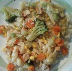 White rice topped w/ a garlic chicken mix