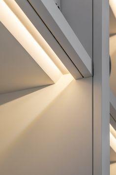 Earl's Court Lateral Apartment : Studio Clark + Co Hidden Lighting, Linear Lighting, Strip Lighting, Cool Lighting, Lighting Design, Closet Lighting, Interior Lighting, Interior Design Presentation, Joinery Details