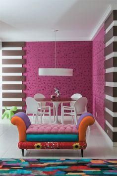 Sala de jantar feminina - a arquiteta Prisicla Toniolo, assina o projeto com o sócio, Pablo Trejes