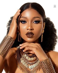2019 Exceptional Makeup Ideas for Black Women – Naija's Dail… – Make Up Black Girl Makeup, Girls Makeup, Dark Skin Makeup, Hair Makeup, Prom Makeup, Eyeshadow Makeup, Wedding Makeup, Eyeshadow Palette, African Makeup