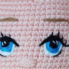Örgü Oyuncak Hilal Bebek Tarifi Crochet Dolls Free Patterns, Crochet Doll Pattern, Amigurumi For Beginners, Crochet Eyes, Doll Eyes, Knitted Dolls, Amigurumi Doll, Stuffed Toys Patterns, Handmade Toys