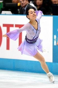 「ただいまです」 浅田真央、競技会に復帰 フィギュアスケート:朝日新聞デジタル