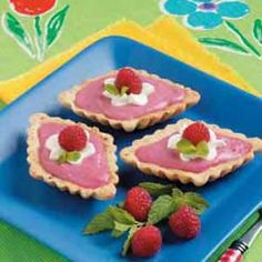 Raspberry Curd+Tartlets / Taste of Home