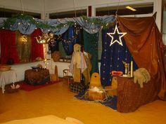 Themahoek: kerst Christmas 2017, Winter Christmas, Christmas Nativity, Christmas Crafts, Role Play Areas, Dramatic Play Area, Preschool Literacy, Pretend Play, Sunday School