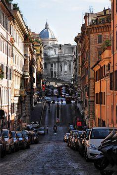 Santa Maria Maggiore dal rione Monti, Rome