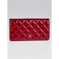 Pre-owned Chanel Red Quilted Patent Leather L Yen Wallet (€515) ❤ liked on Polyvore featuring bags, wallets, red bag, pre owned bags, red patent leather wallet, coin wallet and quilted wallet