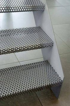 Escaliers métal perforé Perforated metal as riser tread Stair Handrail, Staircase Railings, Staircase Design, Stairways, External Staircase, Escalier Design, Steel Stairs, Stair Detail, Exterior Stairs
