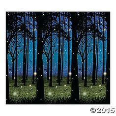 This scene setter makes the perfect backdrop for your party, event or play. Transform any room into an enchanted forest. 30 ft. x 4 ft. © OTC
