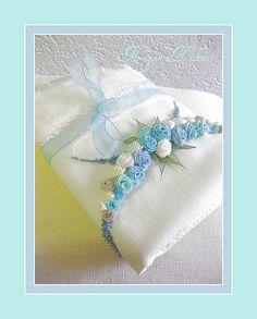 Hediyelik | Flickr - Photo Sharing! Ribbon Art, Ribbon Flower, Silk Ribbon Embroidery, Handmade Flowers, Corsage, Fabric Flowers, Fiber Art, Hair Bows, Needlework
