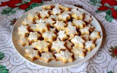 Saure Sahne (Schmand) Plätzchen May try these at Christmas, sound very simple to make!