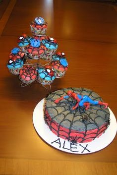 Spiderman birthday cake & cupcakes - home made!