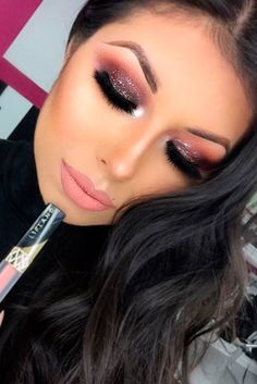 Sexy Makeup Ideas for Valentines Day ★ See more: http://glaminati.com/makeup-ideas-valentines-day/