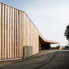 Forestry Installation Building 'Bourgeoisie' Biel #bauzeitarchitekten #industrial #woodfacade #swiss #architecture Outdoor Furniture, Outdoor Decor, Industrial, Outdoor Storage, Swiss Architecture, Garage Doors, Building, Home Decor, Decoration Home