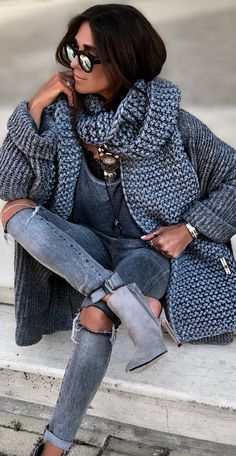 Women S Fashion Over 50 Online Code: 3795171716 Urban Fashion, Street Fashion, Curvy Fashion, Fashion Fashion, Fashion Tips, Casual Outfits, Fashion Outfits, Fashion Trends, Winter Outfits