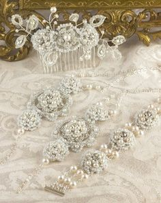 phoebe-e-pearl-bridal-jewelry-set - 59.jpg
