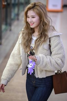 Check out Twice @ Iomoio Kpop Girl Groups, Korean Girl Groups, Kpop Girls, Nayeon, Kpop Fashion, Korean Fashion, Fashion Outfits, K Pop, Snsd Yuri