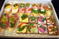 chlebíčky v cukrárně Moje Cukrářství Avocado Toast, Breakfast, Food, Morning Coffee, Essen, Meals, Yemek, Eten