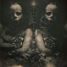Art by Absumaniac on Deviantart #art#bizarre#blood#creepy#crazy #darkart#darkarts#demons#lust #disturbing#decay#evil#fear#gothic #forbidden#gore#goth#grotesque #hell#horror#insane#macabre#freaks #dementia#occult#terror#nightmare #madness